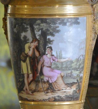 Cartel d'un vase en fuseau en porcelaine