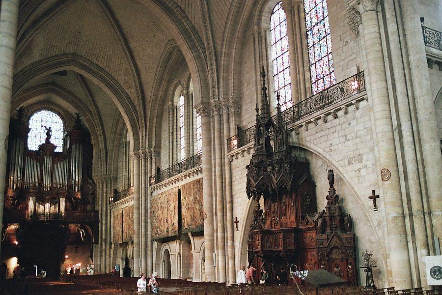 Cath 233 Drale Saint Maurice 224 Angers