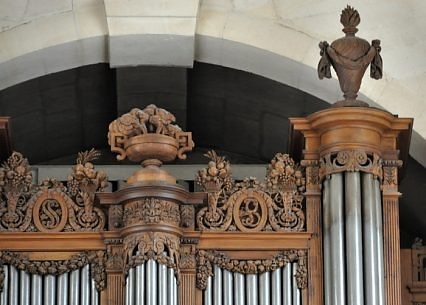 L'orgue de tribune, boiseries